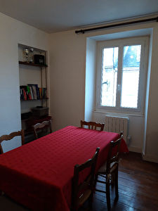 PITHIVIERS CENTRE  APPARTEMENT TYPE F2